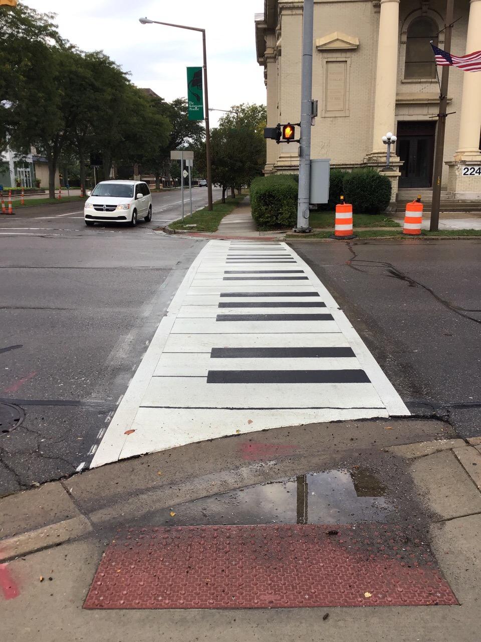 Kalamazoo Sidewalk Assessment Crosswalk