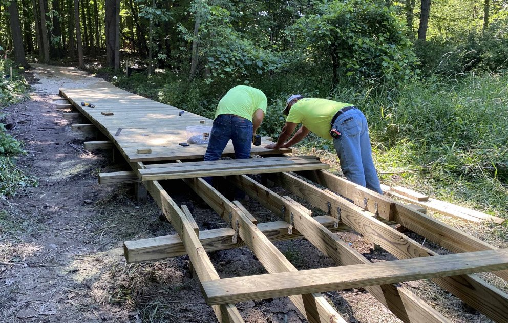 Bacon Park Building the Boardwalk