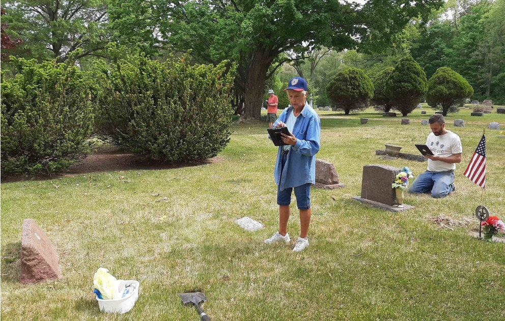 Lake Shore Cemetery Mapping two volunteers inputting data