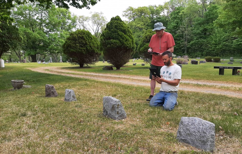 Lake Shore Cemetery Mapping two volunteers