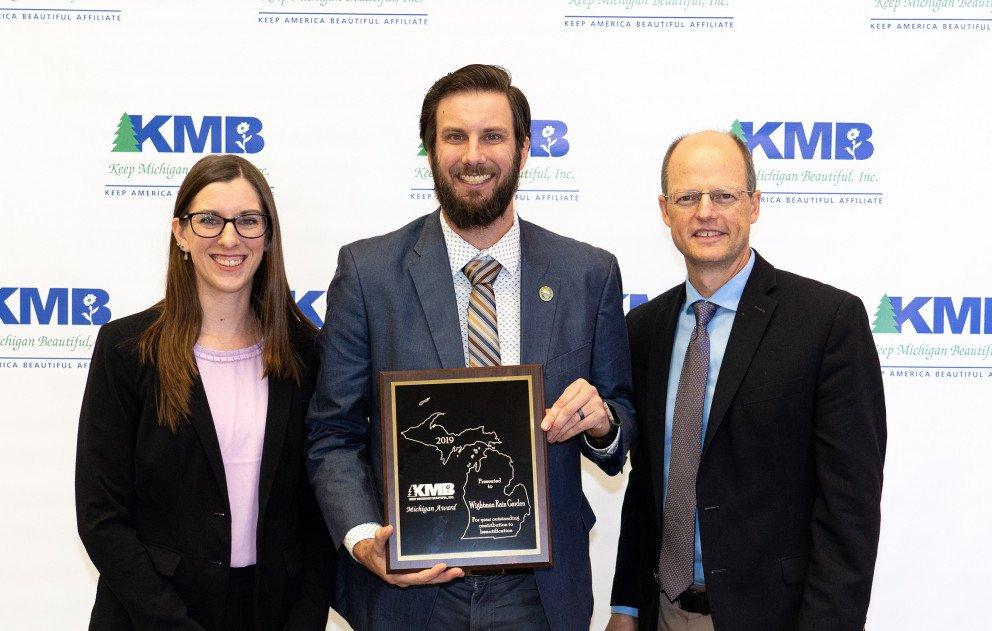 Ox Creek Rain Garden Wightman Accepting KMB Award