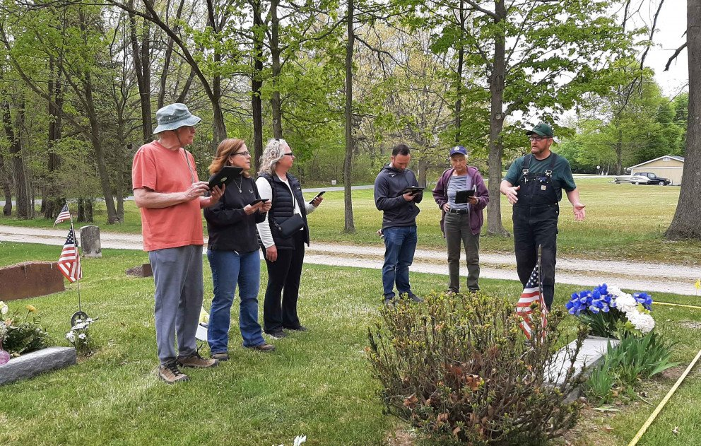 Lake Shore Cemetery Mapping volunteer instruction