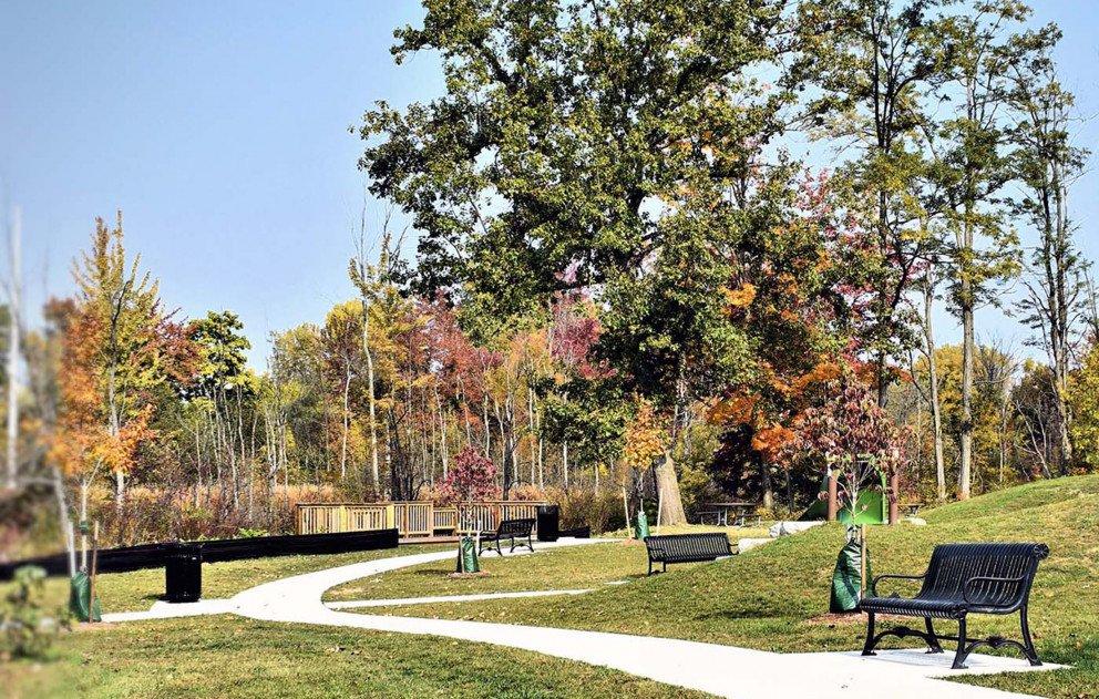 Schuur Park Sidewalk and Seating