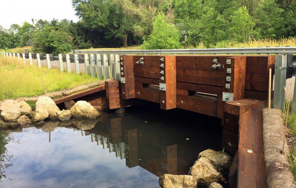 Bridge R Ave over Adams Drain