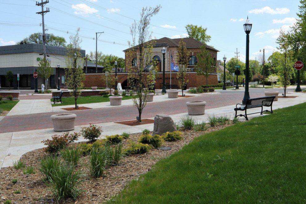 Dowagiac Quality of Life sidewalk landscaping