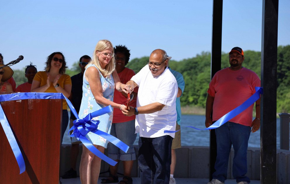 Cassopolis Village Manager and President cut the ribbon